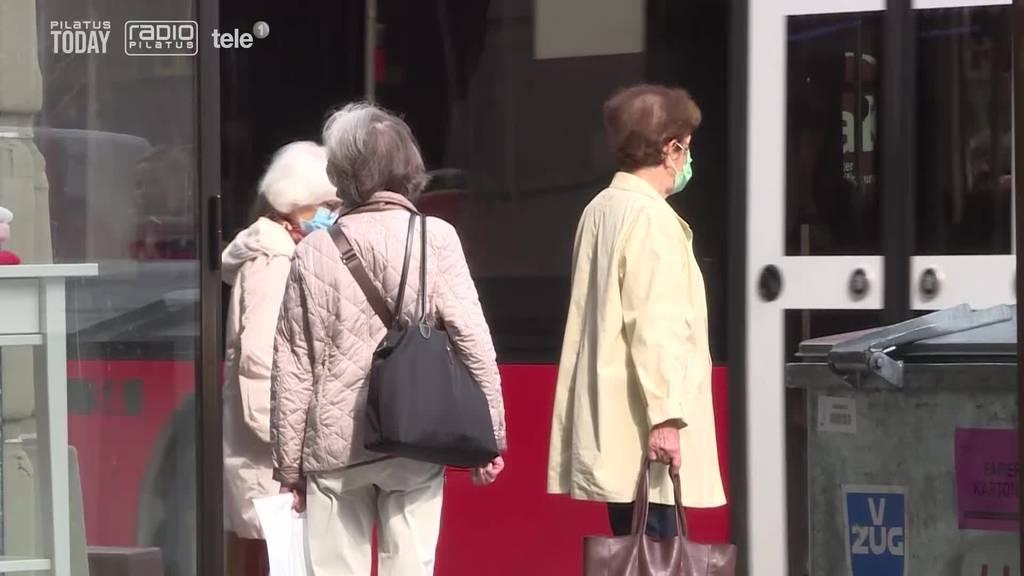 Parlament erhöht Rentenalter der Frauen um ein Jahr