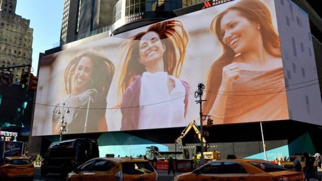 Die neue Werbetafel der Superlative am Times Square in New York