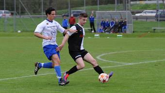 Reinach angelt sich den Torschützenkönig der letztjährigen 2. Liga-Saison von Arlesheim: Claude Schmidlin (l.)