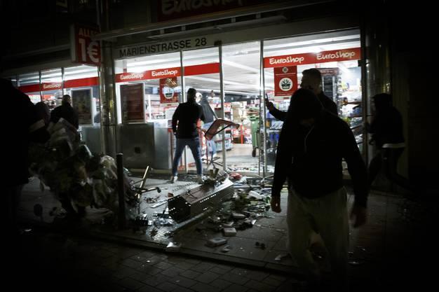 Ausgerechnet im bürgerlichen Stuttgart tobte vor einer Woche ein randalierender Mob. Die Vorfälle lösten eine Debatte über innere Sicherheit aus.