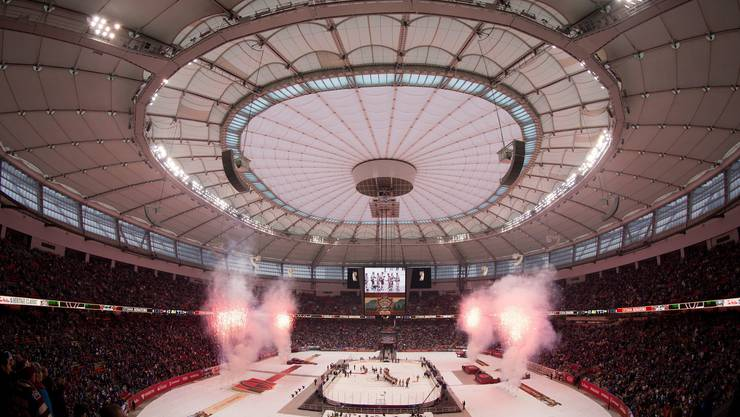 54'000 Hockeyfans füllten das Football-Stadion BC Place in Vancouver, in dem auch die Olympischen Spiele 2010 eröffnet wurden, bis auf den letzten Platz.
