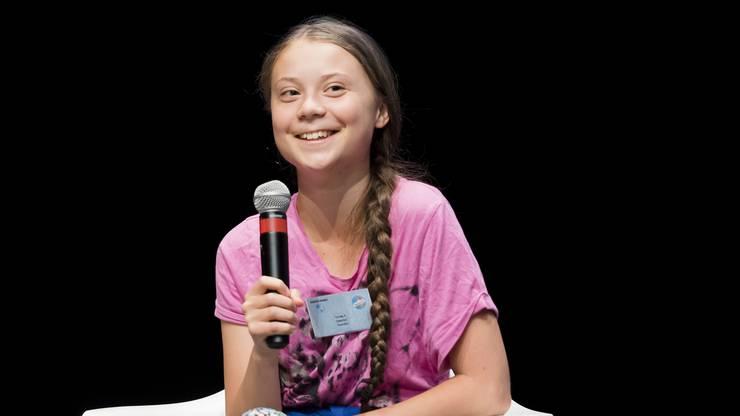 """Thunberg sagte, sie und die anderen Jugendlichen hätten eine Verantwortung, die sie eigentlich nicht haben wollten: """"Wir würden lieber wieder zur Schule gehen."""" Die Entscheidungsträger müssten ihnen diese Verantwortung nun abnehmen."""