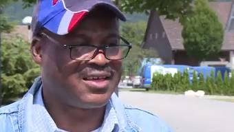 Ein Vater aus Togo, der seit neun Jahren in der Schweiz lebt, hat seine ungezogenen Kinder zurück nach Afrika geschickt. Die EDA holt die zwei Jungs zurück und platziert sie in einem Heim. Behörden-Irrsinn oder berechtigter Eingriff?