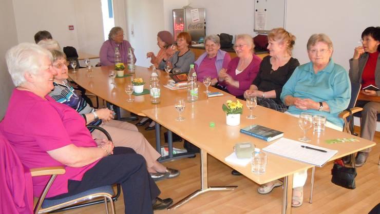 Das Forum 60 plus hat zur Erzählgruppe in den Windischer «Lindenpark» eingeladen. Archiv/EF.