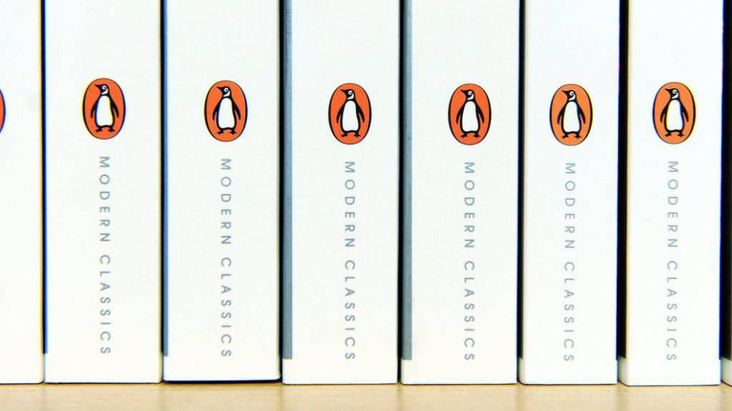 Der Bertelsmann-Gruppe gehörende  Penguin Random House übernimmt den US-Verlags Simon & Schuster mit Erfolgsautoren wie Stephen King oder Hillary Clinton. (Archivbild)