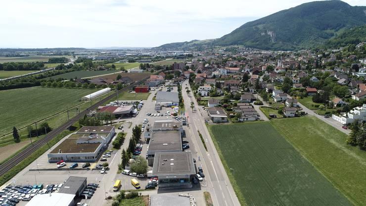 Ab der Dorfeinfahrt in Oensingen soll der Hauptverkehr dereinst links abzweigen und der Bahn entlang führen. Das Zentrum soll so aufgewertet werden.