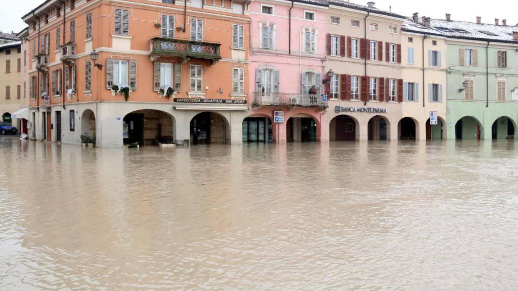 Überflutete Strassen in Colorno.