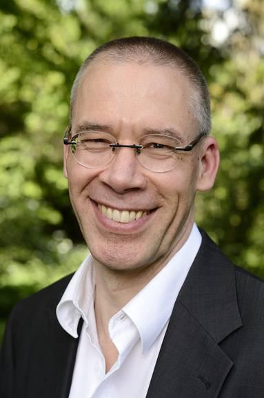 Prof. Dr. phil. Erik Petry