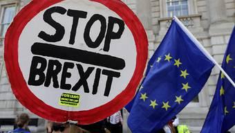 Mit einer beispiellosen Kraftprobe versuchen die Gegner eines ungeregelten EU-Austritts von Grossbritannien die Regierung in die Knie zu zwingen. (Archivbild)
