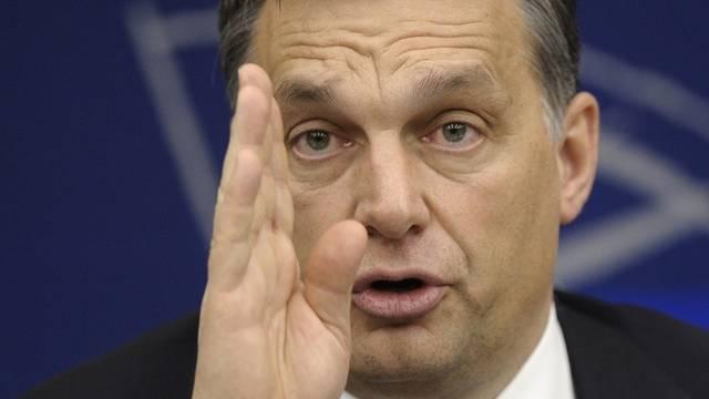 Ungarns Ministerpräsident Viktor Orban muss bis am 4. Februar gegenüber der EU Stellung nehmen zum Mediengesetz (Archiv)