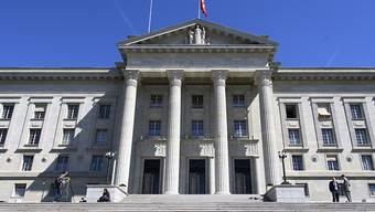 Das Bundesgericht hat die bedingte Freiheitsstrafe von 16 Monaten für einen Psychiater aus dem Kanton Zürich bestätigt. (Bild: Bundesgericht in Lausanne)