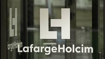 Konzernchef Jenisch hat seine Ankündigung wahrgemacht und schlankere Strukturen bei LafargeHolcim aufgegleist.