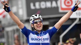 Maximilian Schachmann holt sich in der 18. Etappe den Tagessieg in Prato Nevoso.