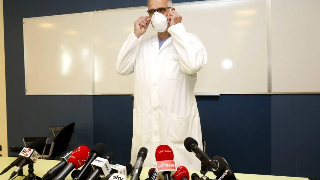 Professor Alberto Zangrillo hatte an einer Medienkonferenz über den Gesundheitszustand des im Spital San Raffaele in Mailand untergebrachten früheren Regierungschef Silvio Berlusconi orientiert. (Archivbild)