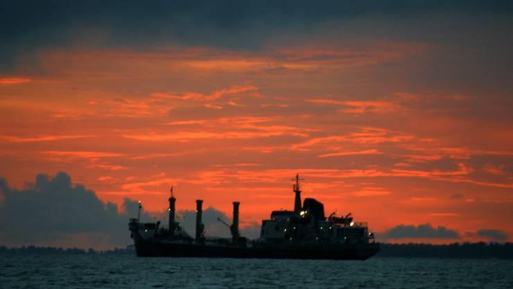 Der Öltanker unter Schweizer Flagge wird nun seit mehr als zwei Jahren festgehalten. (Symbolbild)