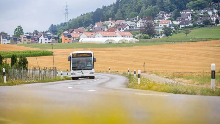 Nur noch bis Dezember wird der Bus durch das Furttal von Hüttikon weiter nach Würenlos fahren.