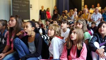 Die Basler Primarschülerinnen und -schüler werden weiterhin im eigenen Quartier zur Schule gehen.