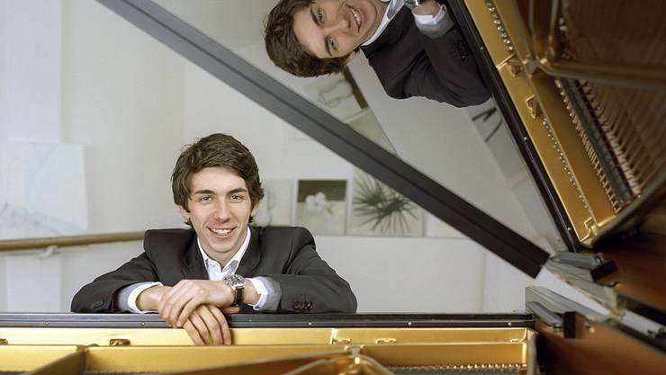 Theo Gheorgiu wurde als Sohn rumänischer Eltern im Zürcher Oberland geboren. Mit 19 Jahren war sich unsicher, ob er wirklich Musiker werden wolle; heute träumt er von einer Weltkarriere als Pianist. (Archiv)