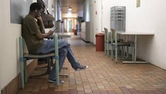 Warten im Asylverfahren: In Einzelfällen eröffnet sich auch nach einer Ablehnung noch eine Perspektive