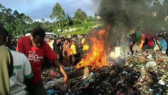 Hexenverbrennung auf Papua-Neuguinea im Februar dieses Jahres