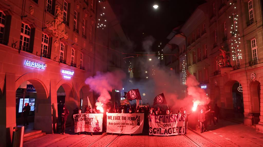 Unbewilligte Silvester-Demo in Bern blieb friedlich