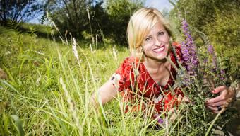 Fernsehmoderatorin Sabine Dahinden liebt die Berge - und wäre gerne eine Mischung aus Fee und Lausbub. (Archiv)