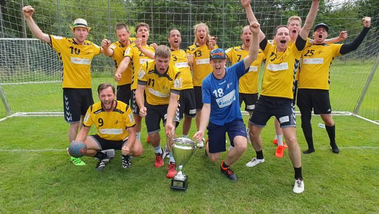 Die Spieler des SV Lägern Wettingen jubelten lautstark über den Titelgewinn.