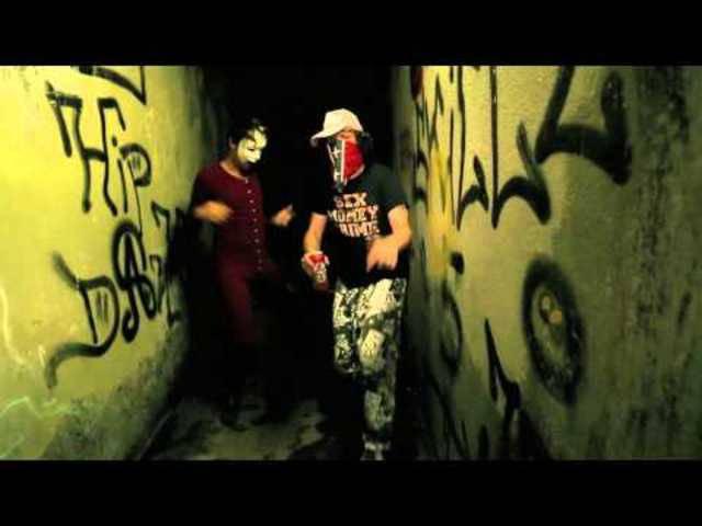 Die Kleinbasler Gangster-Rapper werfen mit Wasserballonen