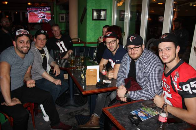 Super-Bowl-Party 2017 im McArthurs-Pub in Lenzburg