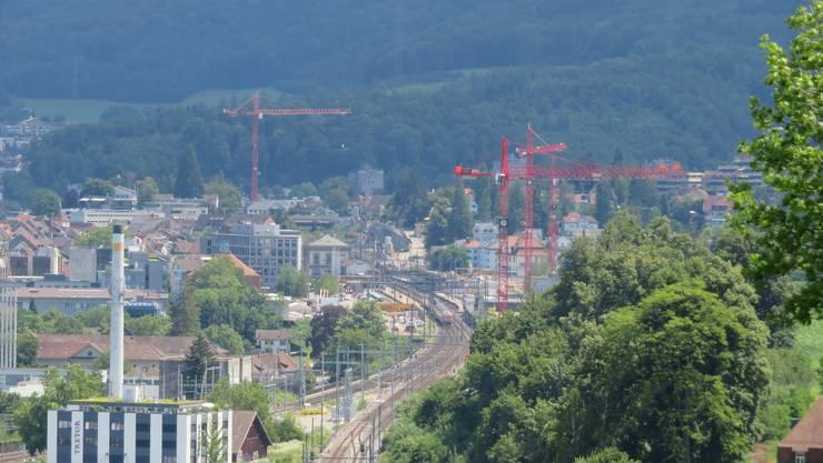 Richtig, das ist auch Liestal. Gesehen von Frenkendorf aus.
