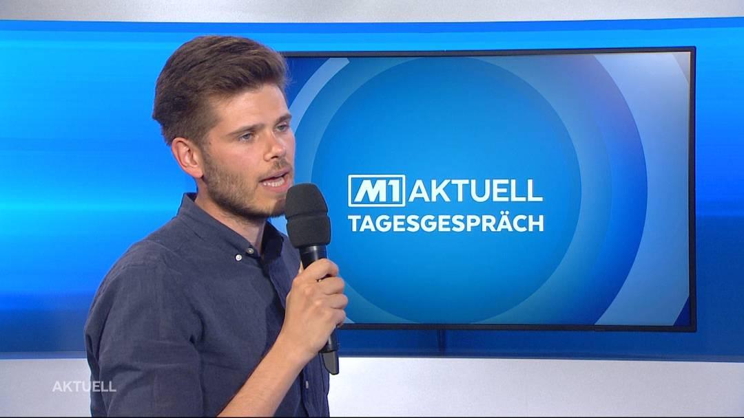 """Rolf Schmid vom """"Netzwerk Asyl Aargau"""" über Aktion für Flüchtlinge vor der Grossratssitzung"""