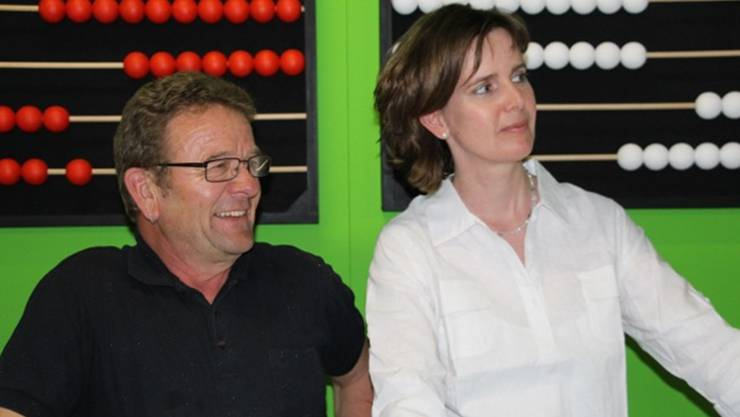 Werner Gasser als Teufel und Claudia Balz als Engel Gabriel. zvg