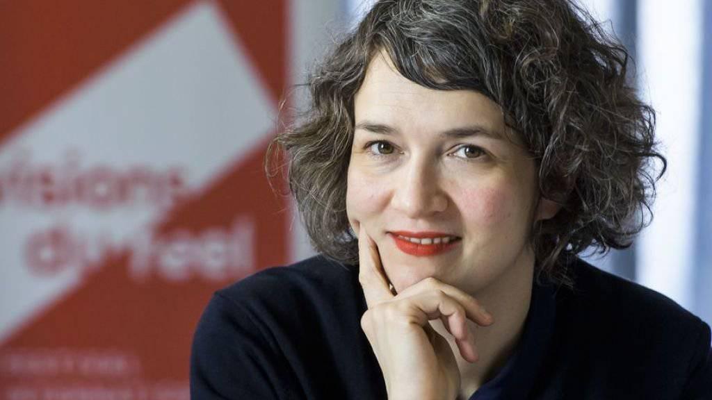 Die neue künstlerische Leiterin Emilie Bujès freut sich auf ihre erste Ausgabe des Dok-Filmfestivals Visions du Réel, die in einem Monat in Nyon beginnt. Sie möchte dem Publikum unter anderem neue filmische Ausdrucksformen schmackhaft machen.