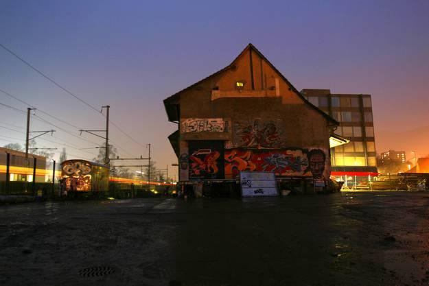 Die alte Kulturfabrik Kofmehl kurz vor ihrem Ende im März 2004.