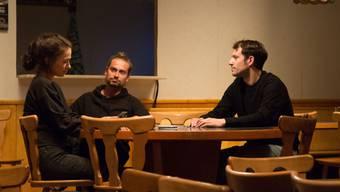 Das Stück von Michelle Steinbeck im Neuestheater Dornach thematisiert die Skandalbeiz Linde und das Unglück bei der Nepomukbrücke.