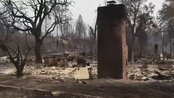 Apokalyptische Fahrt durch Ruinen