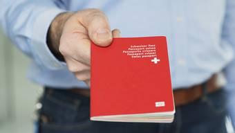 Die Hürden für eine Einbürgerung im Kanton Aargau werden erhöht. (Symbolbild)