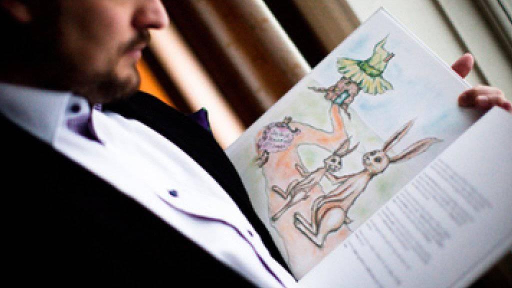Der schwedische Autor Carl-Johan Forssén Ehrlin liest in der schwedischen Ausgabe des Buches «Das Kaninchen, das so gerne einschlafen will» (Handout)