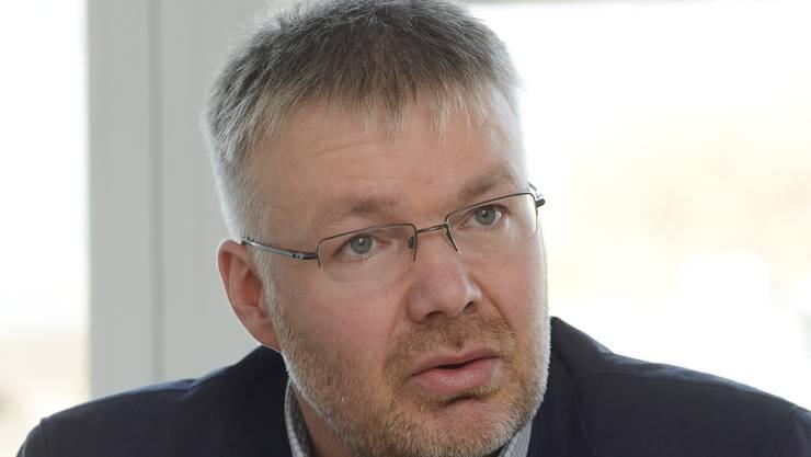 «Die Behandlung der Interpellationen ist zu oft ineffizient und nicht zielführend.» Christian Scheuermeyer  Kantonsrat FDP aus Deitingen