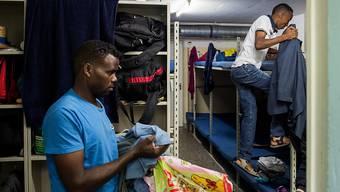 Asylbewerber in der Zivilschutzanlage von Lumino. (Archivbild)