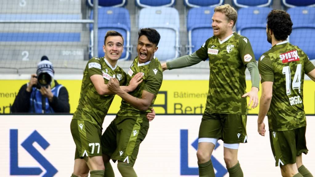 Sions Matchwinner: Der Brasilianer Baltazar (zweiter von links) erzielte in Lausanne zwei Tore.