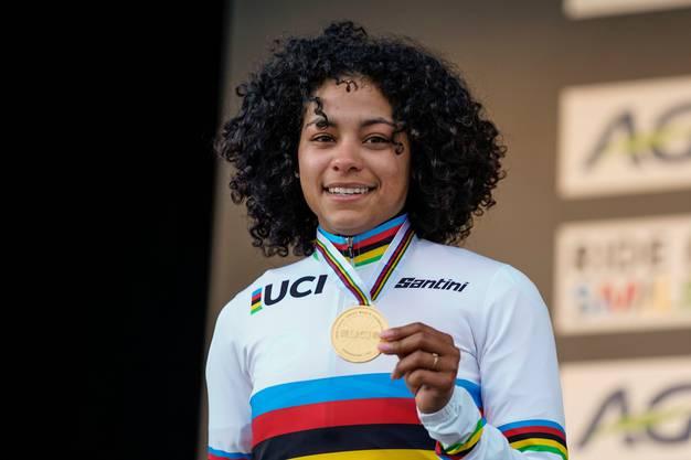 Elite Frauen: Weltmeisterin Ceylin del Carmen Alvaro (NED) mit der Goldmedaille.