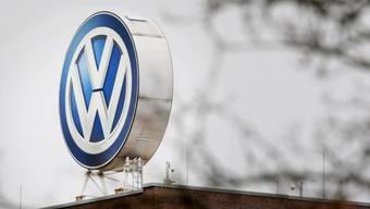 VW steht erneut im Zentrum eines Abgas-Skandals. (Focke Strangmann / Keystone)