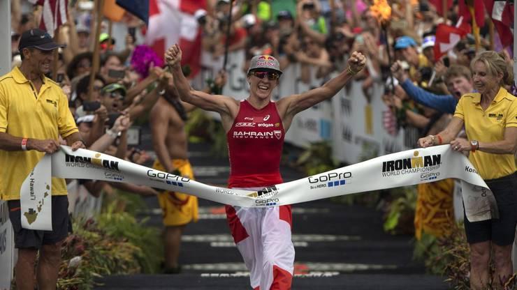 Triathletin Daniela Ryf spielt nach der verpassten Olympiaqualifikation im Jahr 2012 mit Rücktrittsgedanken. 2013 bestreitet sie dank Trainer Brett Sutton ihren ersten Halb-Ironman, ein Jahr später...