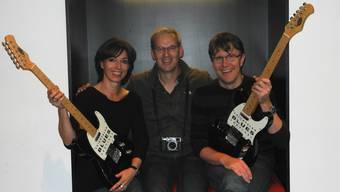 Martina Welti, Fotograf Marcel Suter und Philipp Weiss beschenken zum Geburtstag des Festivals sich und die Besucher.