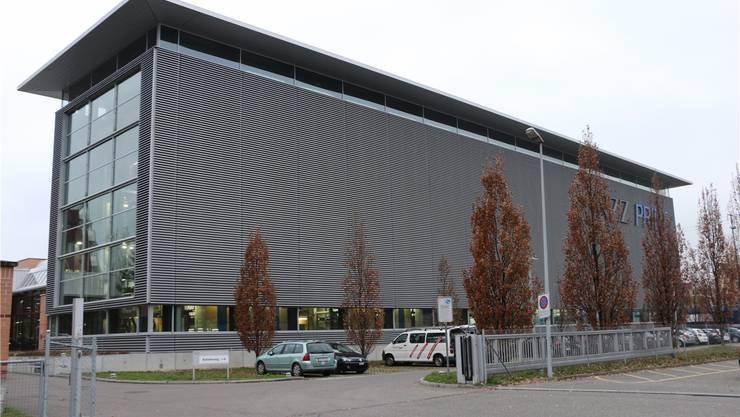 Die NZZ stellte den Betrieb ihrer Druckerei im vergangenen Juni ein. Künftig soll darin unter anderem geforscht und ausgebildet werden.bastian heiniger