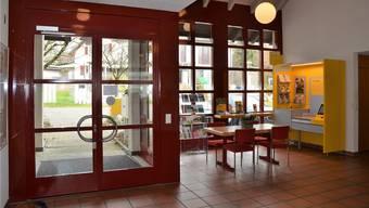 Wer in Eggenwil zur Post will, findet sie im Gemeindehaus. Archivbild.