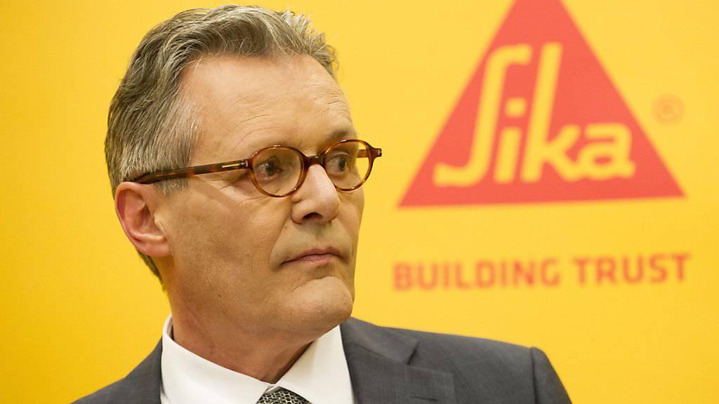Sika-Präsident Paul Hälg vermutet hinter den Klageandrohungen der Besitzerfamilie Burkard eine Zermürbungsstrategie gegenüber dem Verwaltungsrat. (Archivbild)