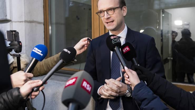 """""""Diese Affäre dauert schon viel zu lange"""", sagt der Präsident der FDP Genf, Alexandre de Senarclens. (Archiv)"""