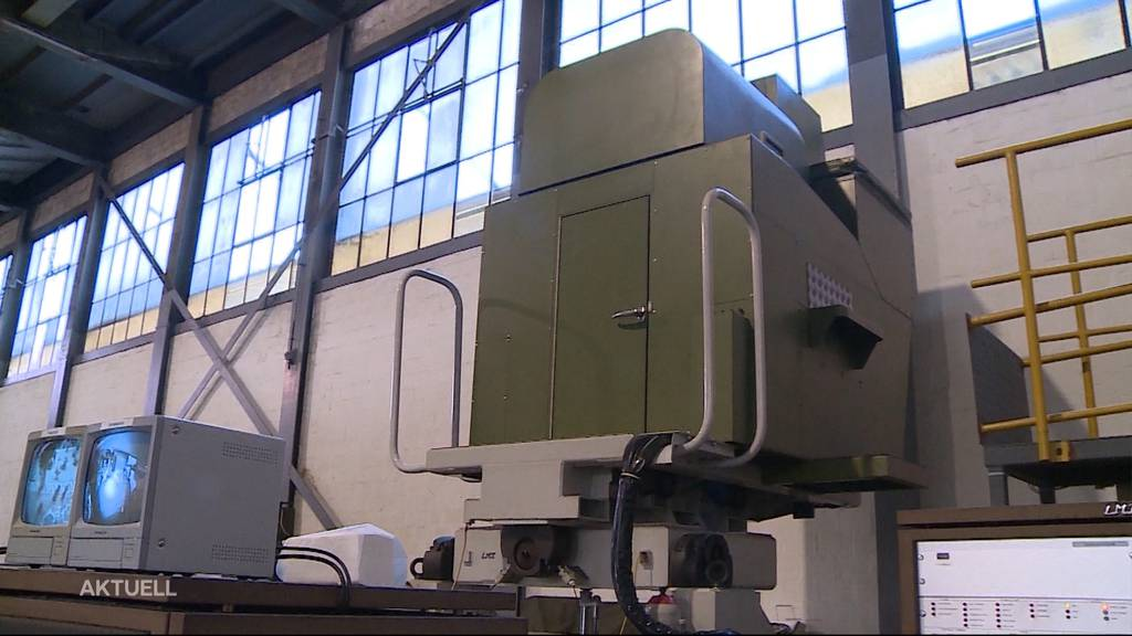 Historischer Panzer-Simulator im Militärmuseum in Full-Reuenthal